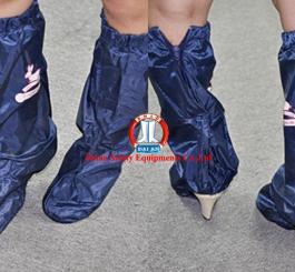 Bao giày đi mưa vinilon cao cổ
