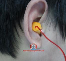 Nút tai chống ồn mút có dây 3M 1110