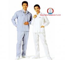 Quần áo may XK vải kaki  tĩnh điện Nhật dày, mầu xanh hải quan